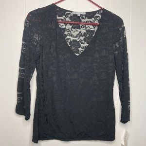 NWT Annalee & Hope black lace top. Size small.